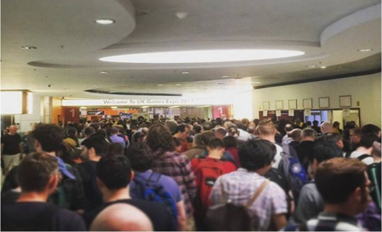 A photo showing the queues to collect tickets for the UKGE 2017